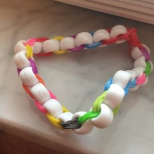 Jewelry - Rubber band beaded bracelet